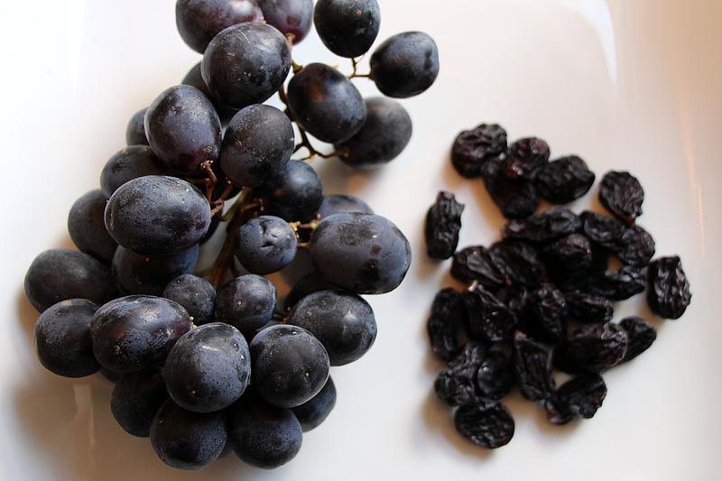 dehydrated-grapes-raisins